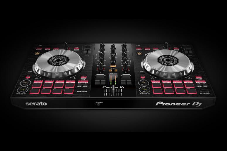 DJ Miki / Kontroler Pioneer DJ