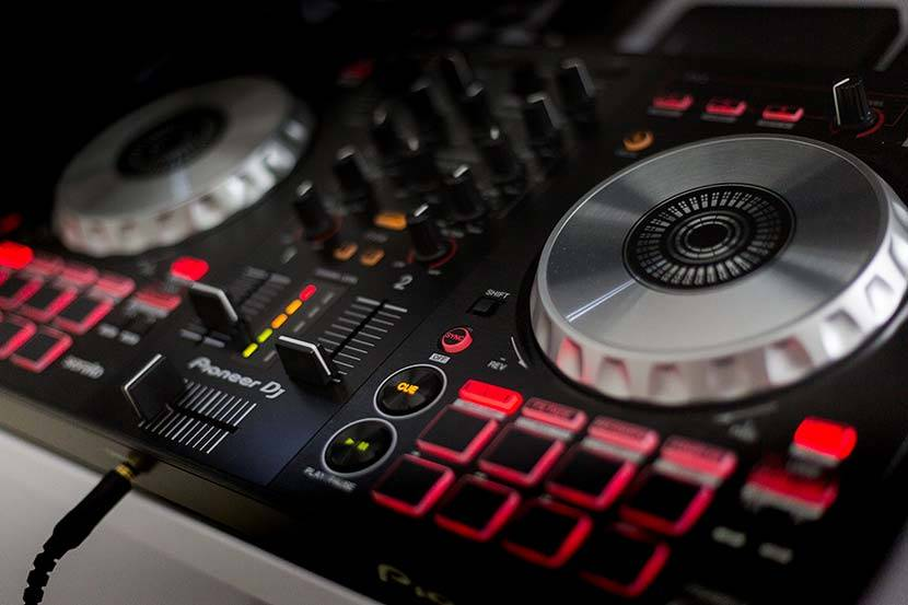DJ Miki / Kontroler Pioneer