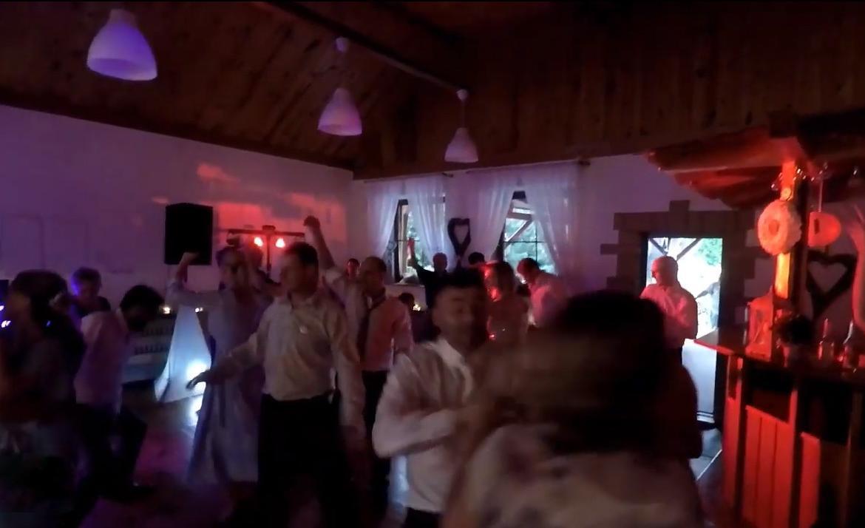 DJ Miki: Fantastická svatební party Dominiky a Jirky